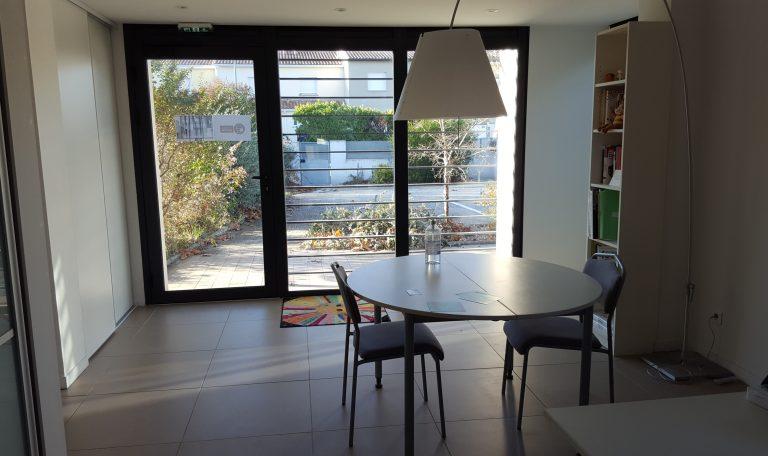 Appartement T2 , Premier étage, centre d'Eaunes.