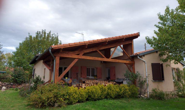 Maison Plain Pied, Rénovée T4 sur Terrain clos d'environ 1000 m². Lézat sur Léze. 201005.