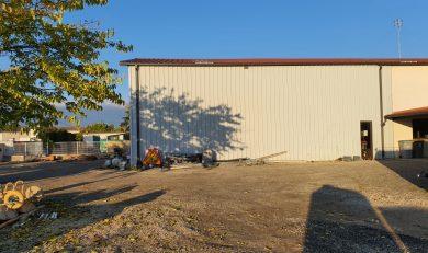 Atelier, Local Professionnel 380 m2 avec Parc extérieur 2800 m et Maison Contemporaine accolée de 200 m²,Auterive.Mandat N°201003b.