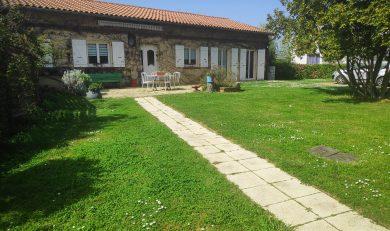 Maison Toulousaine Mitoyenne de plain-pied d'environ 136 m² sur un Terrain d'environ 1120m².