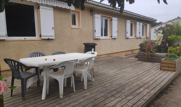 Eaunes, Maison Plain-Pied T6 avec T3 indépendant sur Terrain d'environ 760 m².