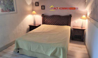 Calmont Chambres d'hôtes 6 couchages + 4 dépendances